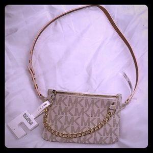 Michael kors pull chain belt bag